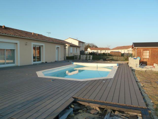 Terrasse plage piscine en composite geolam dans le 86 103 messages pa - Forum terrasse composite ...